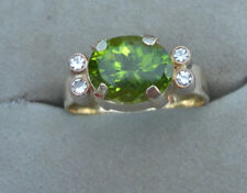 Ring mit echtem Peridot 3,35 ct.Diamanten 0,12 ct in 585 Gelbgold
