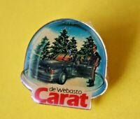 Pin's lapel pin pins Car Auto RENAULT CARAT DE WEBASTO 1984 Boule à neige