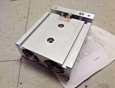 SMC Pneumatic Cylinder Dual Rod Double Acting CXSM32-20 CXSM3220 New