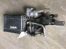 2004-2005 Toyota RAV4 Charcoal Fuel Vapor Emissions Canister 04 05 77740-42072