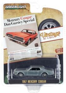 "Chase 1967 MERCURY COUGAR ""VINTAGE AD CARS"" 1/64 DIECAST GREENLIGHT 39030 B"