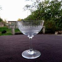 coupe à champagne en cristal de baccarat modèle Nancy signé