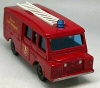 Matchbox Lesney No 57 Land Rover Fire Truck - VNM