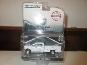 1/64 GREENLIGHT DODGE 3500 OUTBACK SERVICE TRUCK