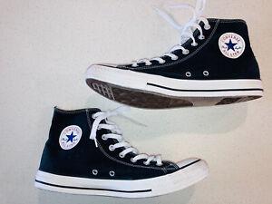 Chuck Taylor Converse All Star High Tops Black Canvas Men's Size 10 EUC