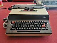 Facit 1845 Electric Typewriter | Made in Sweden | Superbly Rare | Motor is 99%