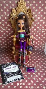 Monster High  2nd Wave  Clawdeen Wolf Schools Out