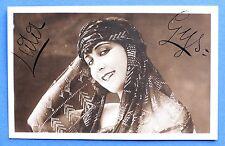 Foto cartolina con Autografo dell' attrice di cinema muto Leda Gys - 1915 ca.