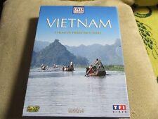 "COFFRET 2 DVD + 1 CD + 1 CD-ROM ""LE VIETNAM"""