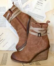 NIB Anthropologie Kelsi Dagger tan brown Oil Suede Strappy Wedge Ankle Boots 8