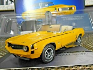 Franklin Mint 1:24 1969 Chevrolet Camaro SS 396 Convertible W/ HardtopYellow