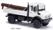 Busch HO 51011 - MERCEDES-BENZ UNIMOG U 5023 con un carico di acciaio NUOVO