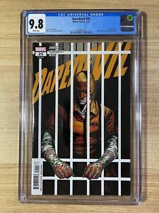 Daredevil #25 (2021 Marvel) Elektra becomes new DD 1st Print CGC 9.8