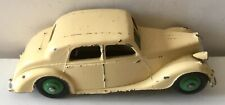 DINKY TOYS 40A RILEY SALOON . EXCELLENT ORIGINAL EARLY MODEL , MINOR PAINT WEAR
