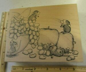 FRUITFUL DAY MW RUBBER STAMP- STAMPA ROSA HOUSE MOUSE