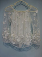LIPSY BY MICHELLE KEEGAN EMBROIDERED OFF THE SHOULDER CREAM BARDOT TOP SIZE 8