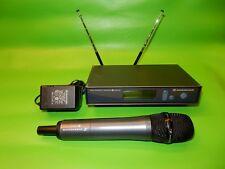 Sennheiser ew-500 935 G3 Vocal Microphone and ew-300 G2 receiver A: 516-558 MHz