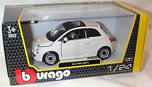 FIAT 500 (2007) White  1:24 Scale Diecast  burago New in Box 22106