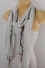 Sciarpe, foulard e scialli da donna bianchi in pelliccia