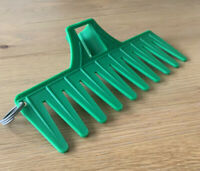 Golf Bunker Personal Green Grip Rake Golf Present / Accessory