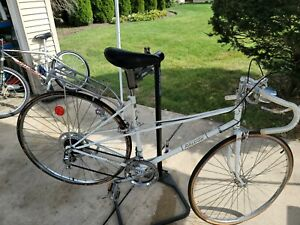 27 Raleigh Mixte Touring Road Bike 19.5 inch frame made in england damaged rim