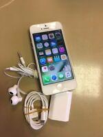 Smartphone Apple iPhone 5 - 16 Go - Blanc Argenté