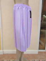 Envy - BNWT - Womens Pale Lavender Pleated Skirt - size M