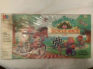 Vintage 1990 Milton Bradley Cabbage Patch Kids Bicycle Race Board Game Unopened