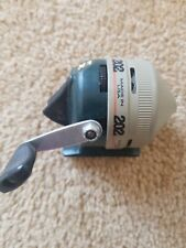 VINTAGE FISHING REEL- ZEBCO 202