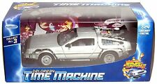 WELLY 1:24 DELOREAN TIME MACHINE BACK TO THE FUTURE PART 2 II DIECAST MODEL