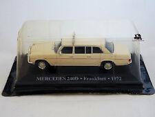 Miniature IXO Véhicule Altaya Taxi Monde Mercedes 240D Frankfurt 1972 Diecast