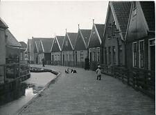 P. Verger - VOLENDAM c. 1938 - Jeux d'Enfants Hollande  - Div 9015
