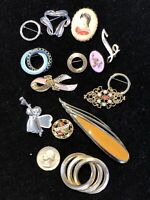 vintage costume jewelry pin brooch lot 14 Items