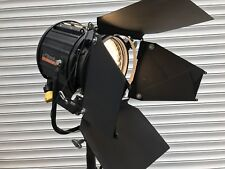 Studio Lighting  Strand Arri Mole Richardson 2k Fresnel 25 Available Quartzcolor