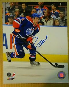 Autographed TAYLOR HALL Signed Edmonton Oilers 8x10 Photo File