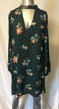 The Room Floral Key Hole Shift Dress Size S