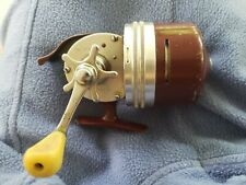 Vintage Shakespeare wondercast No. 1795 Model EG Fishing Reel