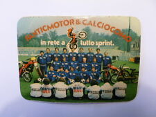 VECCHIO ADESIVO MOTO / Old Sticker FANTIC MOTOR TRIAL TEAM CALCIO COMO (cm 12x8)
