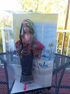2003 1 MODERN CIRCLE SIMONE Make-Up Artist African-American Barbie Doll B4473