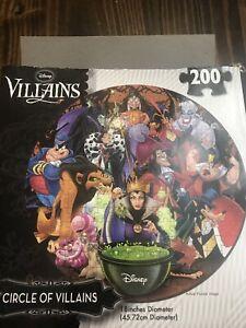 "Disney ""Circle of Villians"" 18"" round 200 piece Jigsaw Puzzle 3-D Complete"