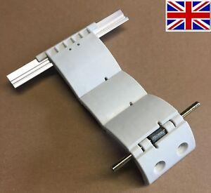 3SEG Security Locking Strap for Roller Garage Door Profile 77mm Auto Lock Catch