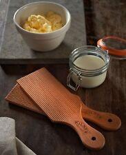 Y25349 Kilner Butter Paddles Set 2 0451