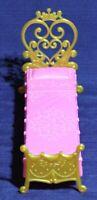 Disney Princess Ultimate Dream Castle Dollhouse Sleeping Bed