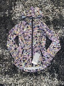 NWT Lululemon Mist Over Windbreaker *Seawheeze Super Sonic Alpine White! Size 2!
