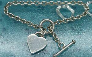 925 Sterling Silver T Bar Bracelet, Hallmarked.