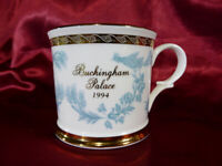 1994 BUCKINGHAM PALACE Souvenir Gilded China MUG Light Blue and Gold | Royalty