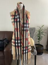 Burberry Heart Cashmere The scarf is too hard to find extra long