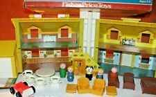 Vintage Fisher Price Little People Play Family Blue/Yellow House #952 W/BOX