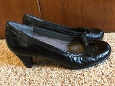 Women's Aerosoles Triple Play Black Leather Peep-Hole Shoes Heels~Preowned