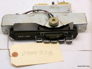 NOS MoPar 1969-70 Chrysler New Yorker 300  A/C HEATER CONTROL assy W/ATC 2884373
